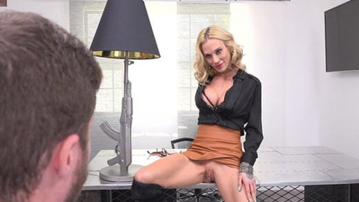 Free watch streaming porn BangConfessions Sarah Jessie Lets Her Personal Assistant Worship Her Pussy To Keep His Job - xmoviesforyou