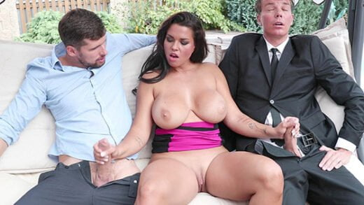 [BangGlamkore] Chloe Lamoure (Giant Tits And A Craving For Two Dicks! / 10.04.2018)