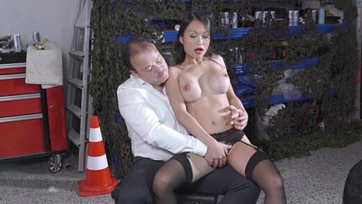 [BangGlamkore] Pussykat (Beautiful Asian Pussykat Gets Out Of Interrogation By Fucking The Cop! / 08.30.2018)