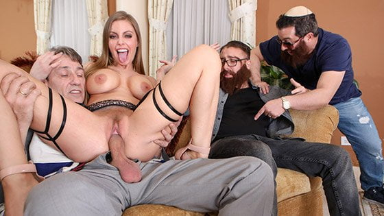 [Cucked] Britney Amber (Rabbi Converts Britney With That Hard Cock / 05.29.2019)