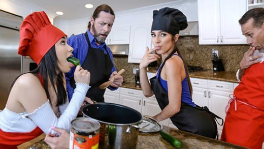 [DaughterSwap] Gianna Gem, Savannah Sixx (Culinary Cock Cuties / 05.15.2019)