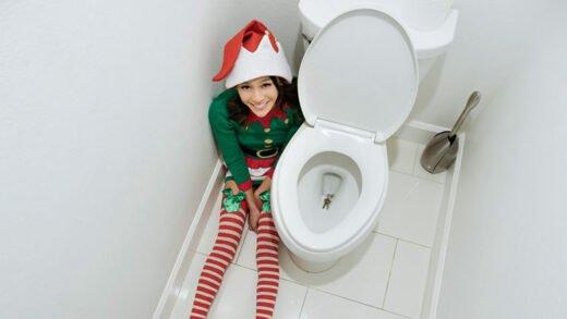 ExxxtraSmall - Jasmine Grey - Elf On A Shelf