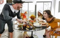 FamilyStrokes – Brooklyn Chase And Rosalyn Sphinx – Thanksgiving Snatch Stuffing