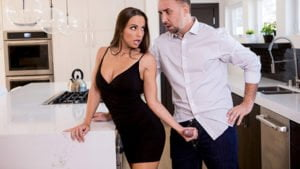 [RealWifeStories] Abigail Mac (Nailed At The Estate Sale / 05.07.2019)