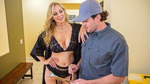 Free watch streaming porn SeducedByACougar Julia Ann 22683 - xmoviesforyou