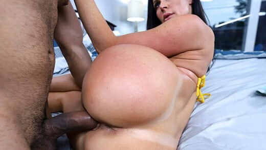 [AssParade] Kendra Lust (Fucks Her Friend