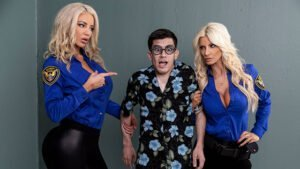 [BrazzersExxtra] Brittany Andrews, Nicolette Shea (Fucking His Way Into The U S A / 08.18.2019)