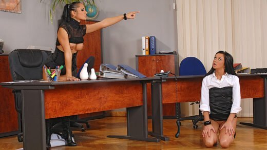 HouseOfTaboo – Lucy Belle, punishing her secretary