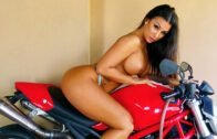 StunningButts – Susy Gala – The Last Show of Susy Gala?