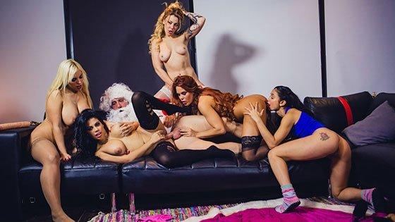 Free watch streaming porn BoldlyGirls Blondie Fesser, Gala Brown, Jade, Kesha Ortega, Sonia Lion - Christm-ass Family Affairs - xmoviesforyou