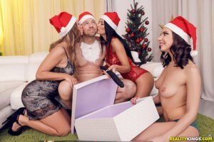 Free watch streaming porn EuroSexParties Shalina Devine, Henessy, Taylor Sands Naughty Girls For Santa - xmoviesforyou