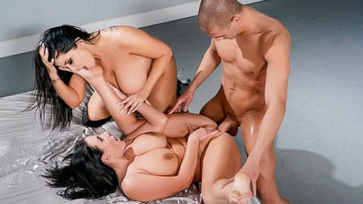 [ZZSeries] Angela White, Romi Rain (BrazziBots Uprising Part 4 / 09.11.2019)