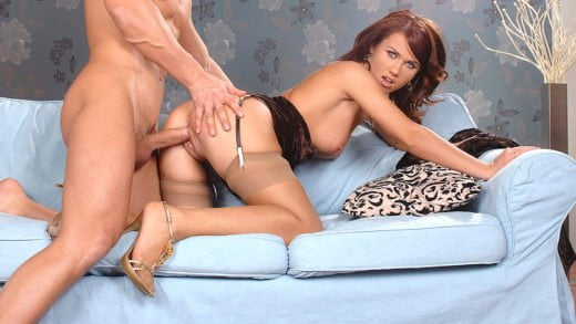 HandsOnHardcore – Denise, Pound me before the party!