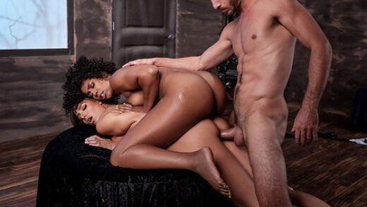 [MilfsLikeItBig] Misty Stone, Desiree Dulce (MILF Witches Part 3 / 10.31.2019)