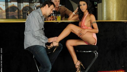 DPFanatics - Lou Charmelle - Wanna buy me a drink