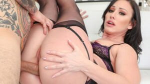 [Drilled] Jennifer White (Jennifer Has An Epiphany And Loves Anal Now / 11.27.2019)