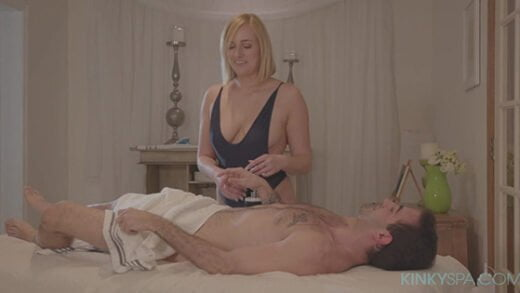 [KinkySpa] Kate England (Kate England gives a happy ending massage / 11.09.2019)