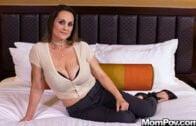 MomPOV – Jessica, Slutty MILF with pretty fuck me eyes