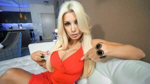 [PervMom] Brittany Andrews (Stepmoms Need Dick Too / 11.12.2019)