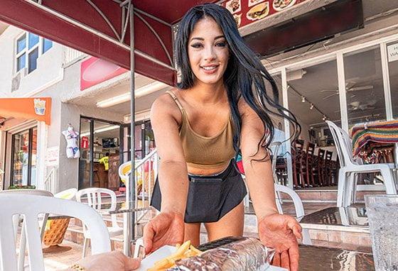 [WaitressPOV] Kosame Dash (Coochie Kabob / 11.10.2019)