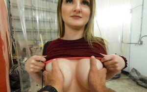 [BangRoadSide] Eliza Eves (Owes Too Much For The Bill But Fucks The Mechanic Good Instead / 12.18.2019)