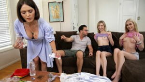 MyPervyFamily – Kinsley Karter Disappointed Stepsister Finds Solace in Her Stepbrothers Cock, Perverzija.com