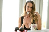 PervMom – Savannah Bond, Fifty Ways To Leave Your Cum Lover