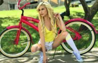 PetiteHDPorn – Kiara Cole, My Lil Sis Can Ride My Bike And My Cock