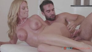 [FamilyHookups] Rachael Cavalli (Rachael Cavalli gets a massage and some deep fucking from her hung stepson / 01.15.2020)
