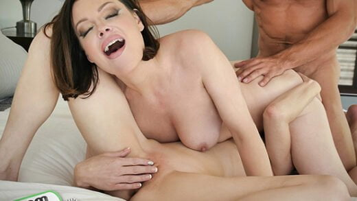[BadMilfs] Sovereign Syre, Jenna Ross (Housekeeper Threesome Dreams / 02.07.2020)