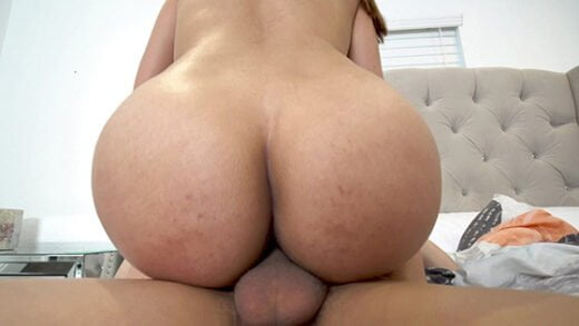 [BangYNGR] Missy Robins (Makes Her Man Eggs For Breakfast And Rides His Cock / 02.06.2020)