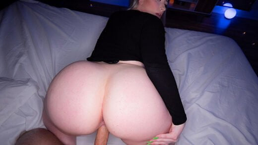 [MrLuckyPOV] Harley Jade (Huge Ass Harley Is Back / 02.07.2020)