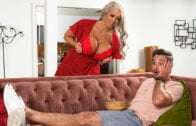 Spizoo – Daphne Dare Young Daphne Gets Caged