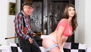 [DevilsFilm] Remy Rayne (Teen Shows Love To Older Man / 07.23.2020)