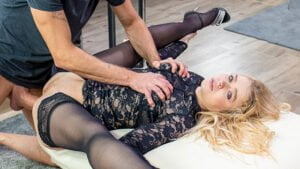[HerLimit] Alexa Flexy (Gorgeous blonde smashed in hardcore anal scene / 04.21.2020)