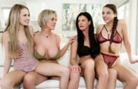 MommysGirl – India Summer, Scarlett Sage, Gia Derza And Dee Williams – Mother's Day Blues