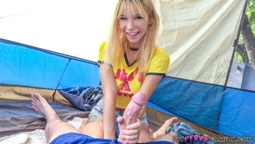 [MyPervyFamily] Kenzie Reeves (Camping is Boring / 05.23.2020)