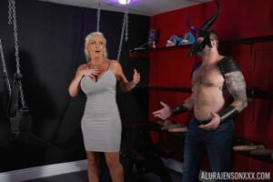 [PornstarPlatinum] Alura Jenson (Fuck Me In The Dungeon / 05.17.2020)