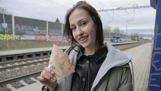 [PublicAgent] Jessika Night (Train Station Smoker Gets Fucked / 03.10.2020)