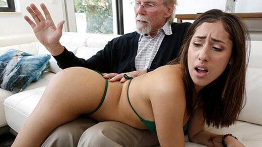 [BangBros18] Kira Perez (Kira Gets Pounded By Grandpa / 08.08.2020)
