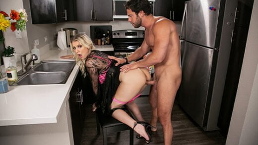 [DayWithAPornstar] Kenzie Taylor (Kenzie Chooses Dick Over Dishes / 05.31.2020)