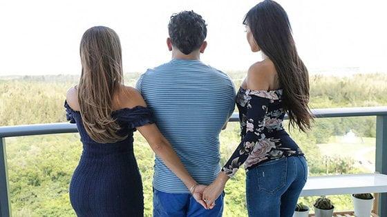 FamilyStrokes – Havana Bleu And Gia Vendetti – My Foster Moms Took My Virginity, Perverzija.com