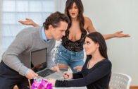 MomsBangTeens – Reagan Foxx, Rayna Rose Stepmom Meets The Slut