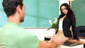 PrettyDirty – Cassidy Klein – Take Your Brothers Virginity, Perverzija.com
