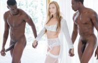 Blacked – Layna Landry – Fit Babe Gets BBC From Trainer