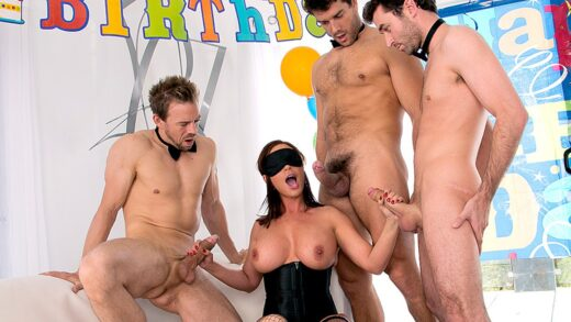 MilfsLikeItBig - Diamond Foxxx - Diamonds Birthday Gangbang