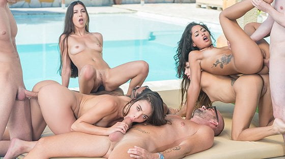 Private – Anastasia Brokelyn, Anya Krey, Scarlet Domingo, Talia Mint Orgy In The Pool, Perverzija.com