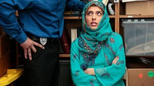 HijabHookup – Chloe Amour – House Of Haram, Perverzija.com