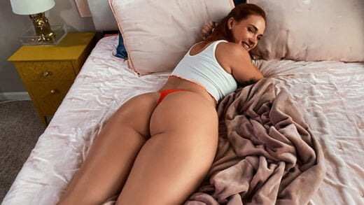 [DayWithAPornstar] Siri Dahl (Siri Gets Caught And Fucked By Her Roomie / 10.29.2020)