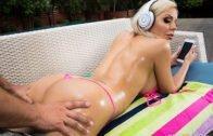 BigWetButts – Nina Elle – Nina's Pool Day
